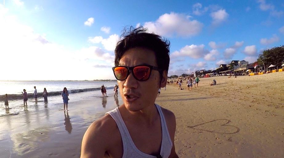 <バリ島#2> バリコレクション→ プール付きホテルへ移動→ ジンバランのビーチでバーベキュー