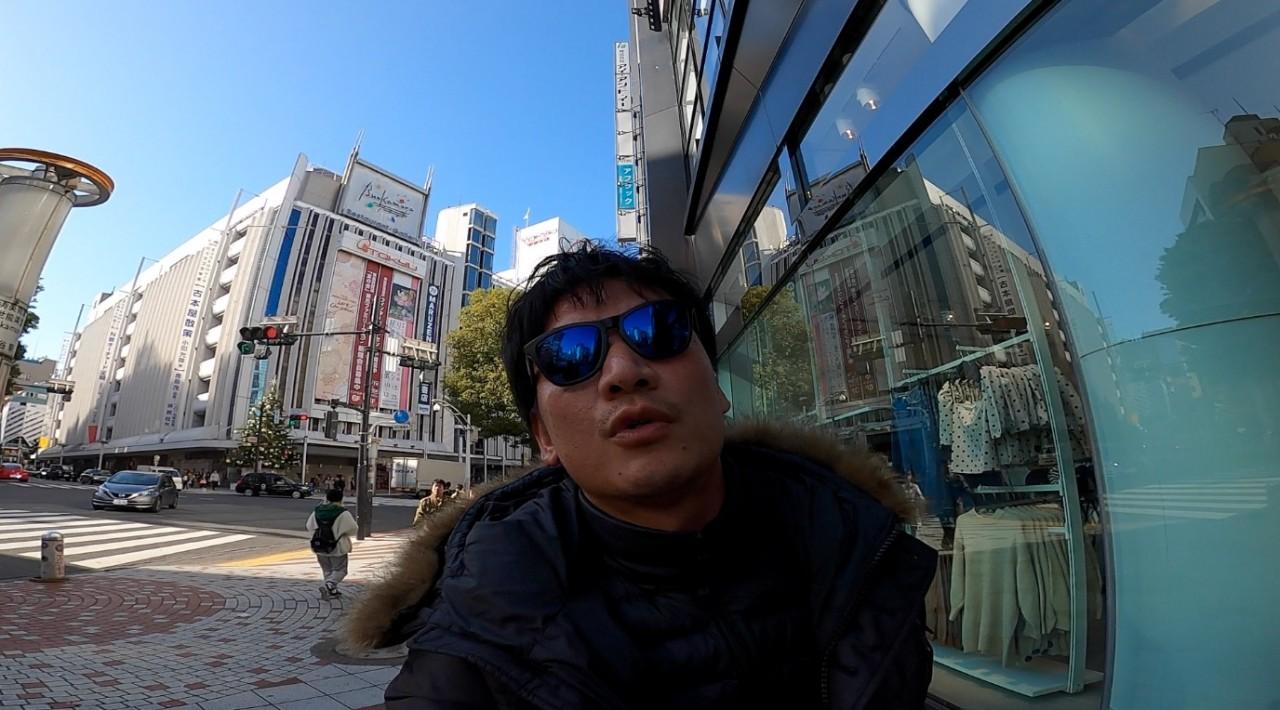 ぷらぷらVLOG / モバイルバッテリー初シェアリング→ ポケトーク買いに行く