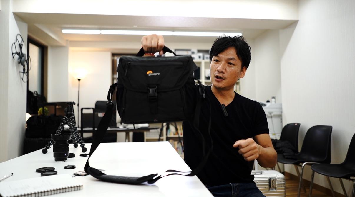 カメラバッグ VLOGユーチューバー に最適! Lowepro(ロープロ)Nova180AWⅡ / バッグの中身もご紹介