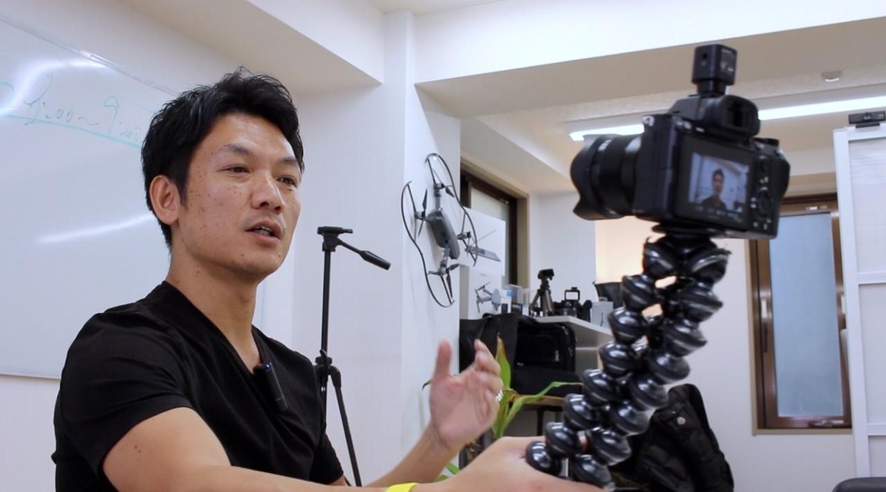 a7iii / 28mm単焦点レンズ / ゴリラポッドで手持ち自撮りテスト