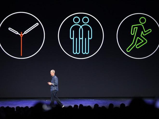 Apple Watchは、どうやら立つ事を促してくれるらしい。