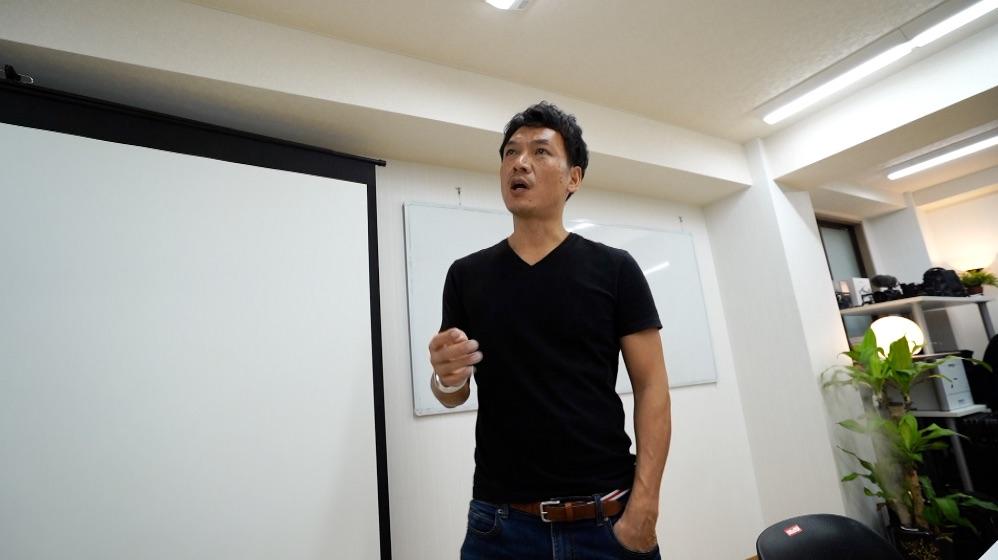 イベントページの更新方法とか、恵比寿のオフィスでどーでもいーこと雑談^^
