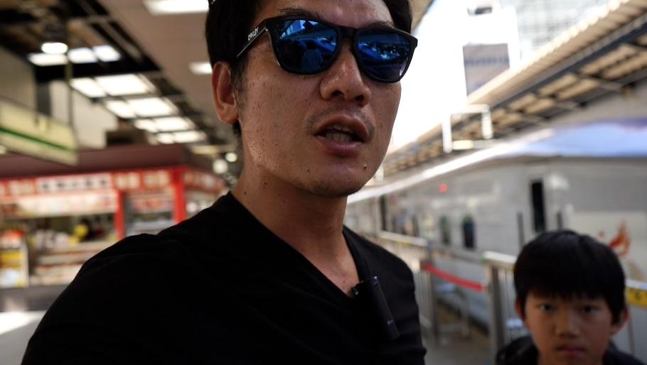 トート型のカメラバッグを探しにぷらぷら、東京帰りま〜す^^