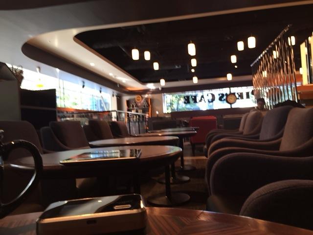 今朝は、表参道のカフェで・・・・
