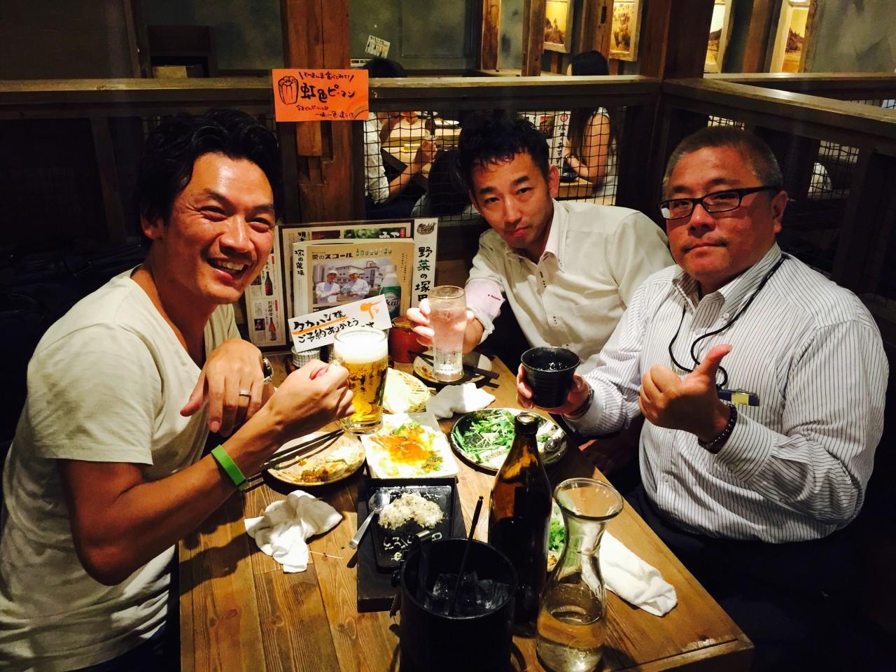パートナー会社の社長たちと ビールミーティング。