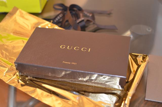 GUCCIの財布が、イタリアから到着。