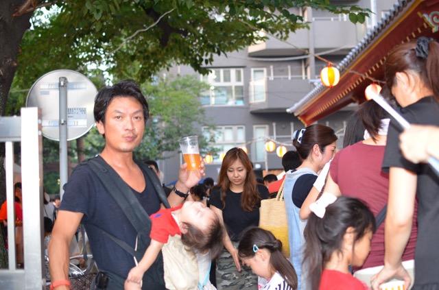 表参道の盆踊り大会で ぷらぷらしていました。
