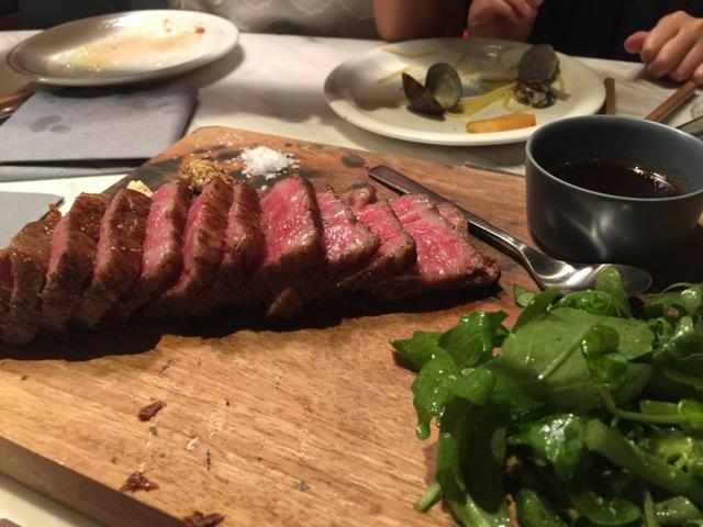 うちの楽しい晩御飯^^ 肉がうまいと絶賛っ @南青山